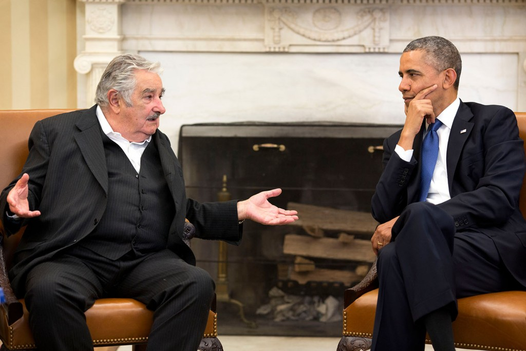 President Barack Obama meets with President JosŽe Mujica of Uruguay in the Oval Office (Official White House Photo by Pete Souza)