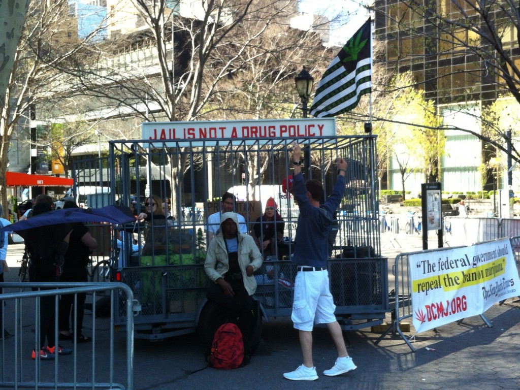 Protesters outside the UN headquarters (Source: Henry Fisher)
