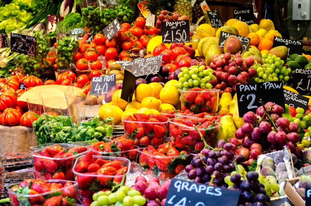 Fruit and Veg in London's Borough Market (Flickr -Garry Knight)