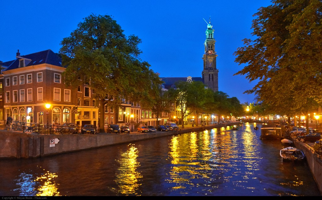 Amsterdam at dusk. (Flickr - Moyan Brenn)