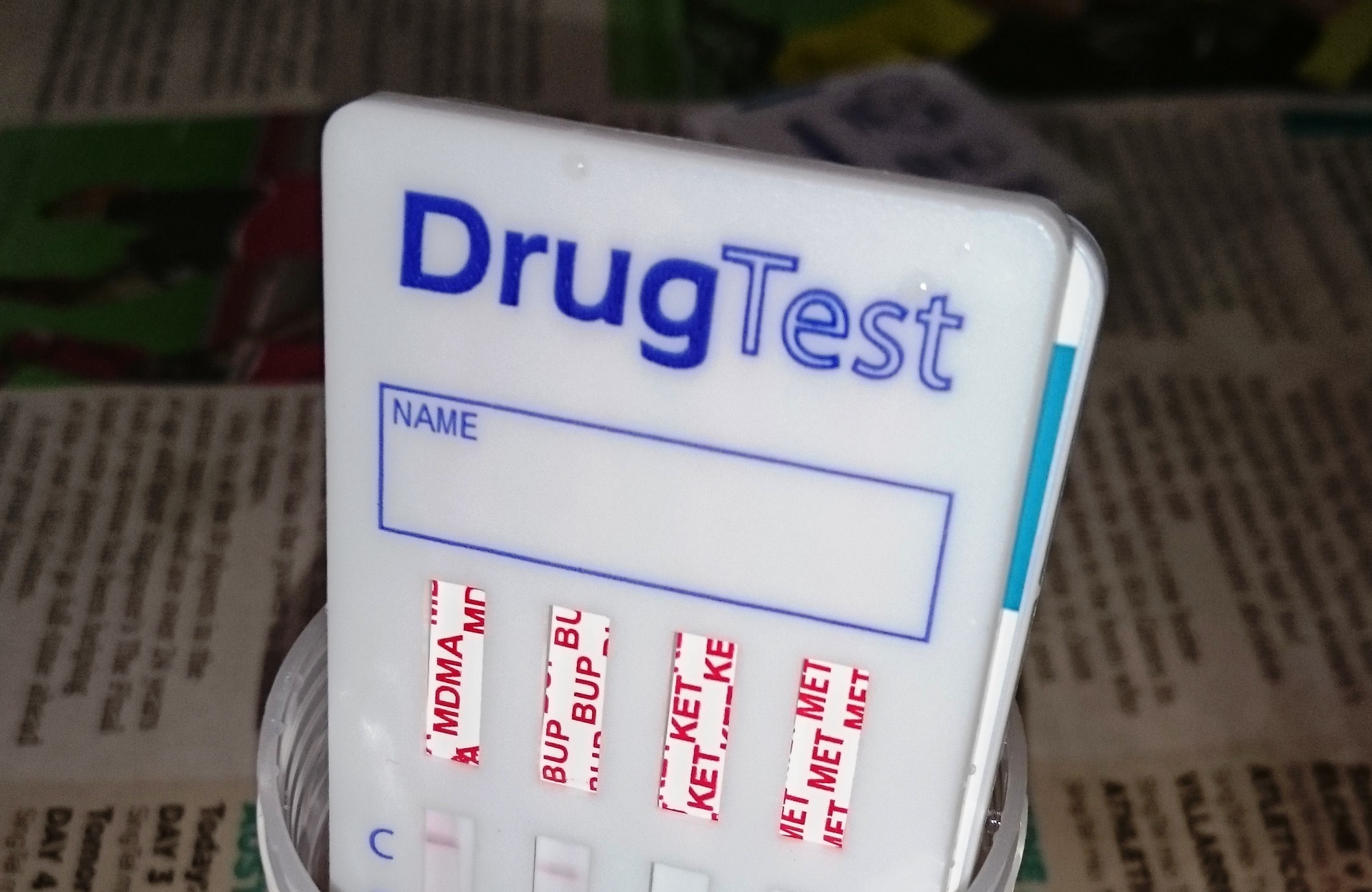 pros and cons of drug testing welfare receipints The government's announcement in the may 2017 budget of a trial of random drug testing of 5,000 youth allowance and newstart recipients has been almost universally criticised.